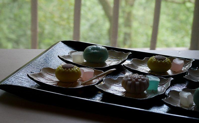 こよみ製の季節の和菓子