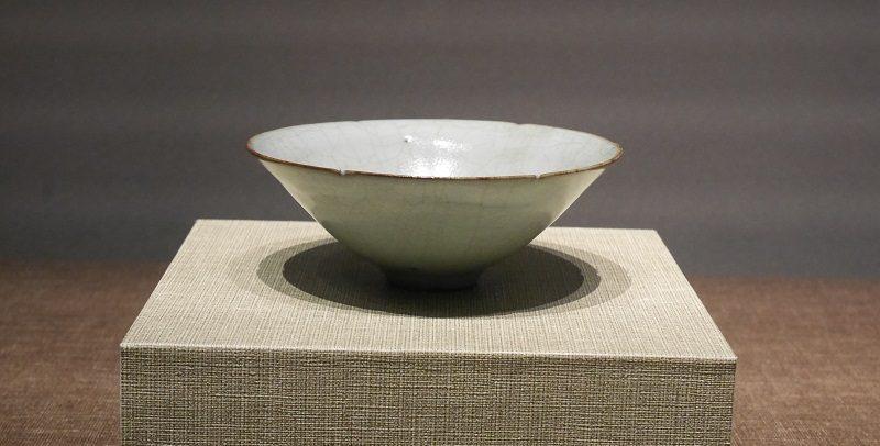 南宋宮窯の茶碗