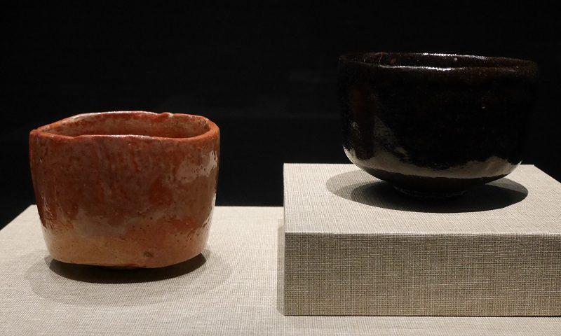 楽茶碗(赤茶碗・黒釉茶碗・江戸時代)